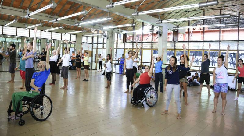 Χορός για άτομα με κινητική αναπηρία