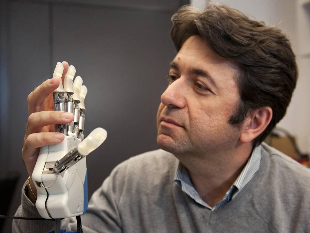 pg-14-bionic-hand-2-epfl