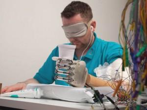 pg-14-bionic-hand-3-lh