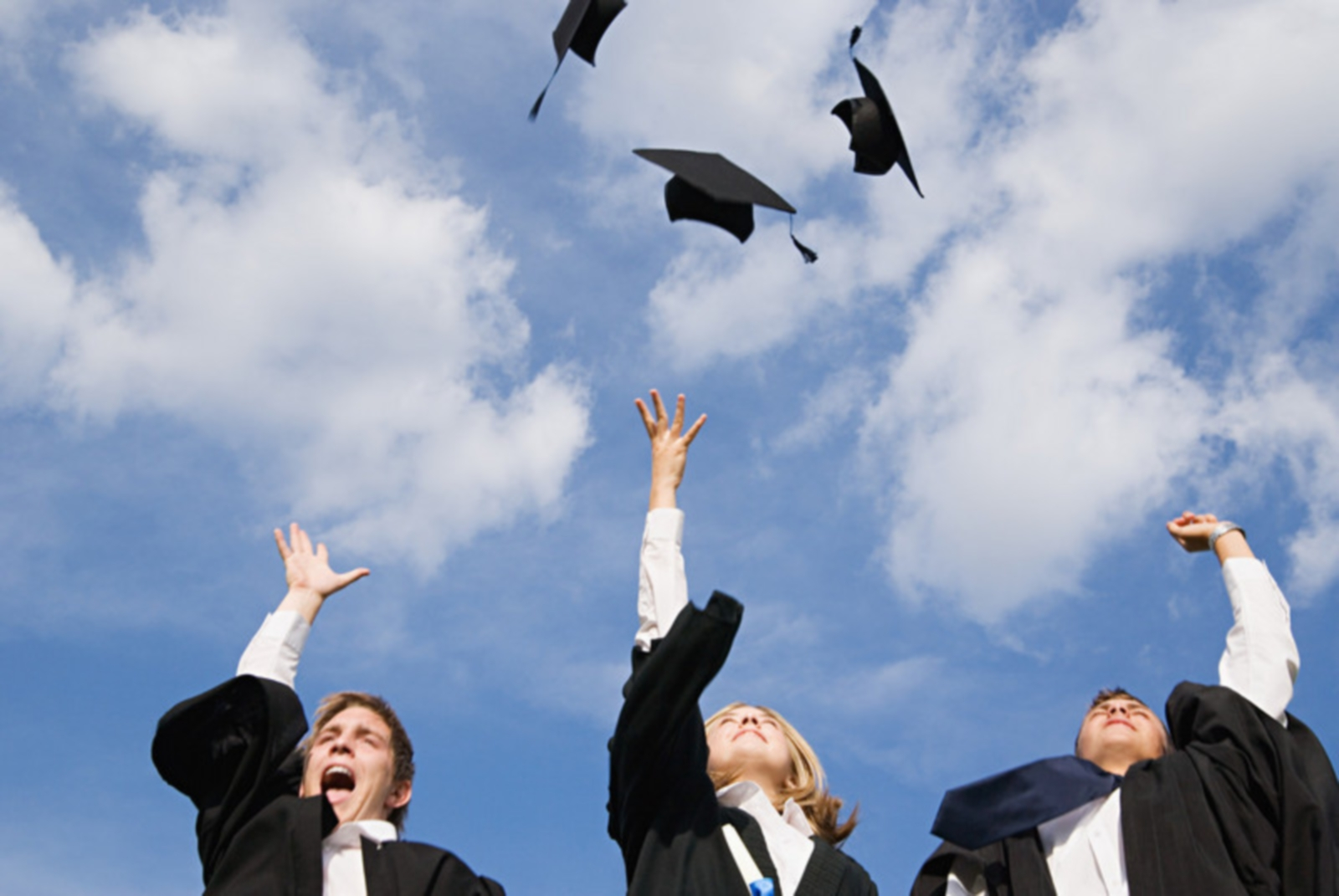 graduation-hats-horizontal