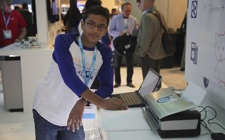 Ένας 13χρονος φτιάχνει εκτυπωτή για τυφλούς