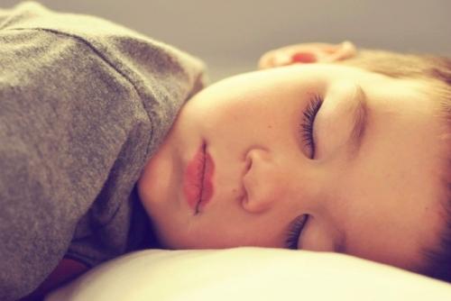 παιδί-ύπνος