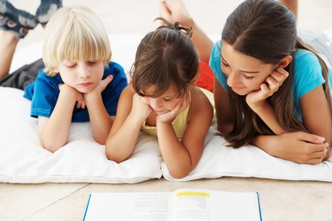 Παιδί και ανάγνωση: Πώς θα ενισχύσετε τις γλωσσικές του δεξιότητες;