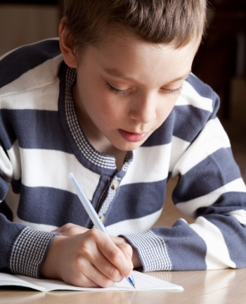 Παιχνίδια για να μάθουν τα παιδιά ευκολότερα την ορθογραφία τους