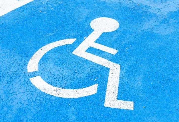 Με το βλέμμα στη φροντίδα ανθρώπων με αναπηρία