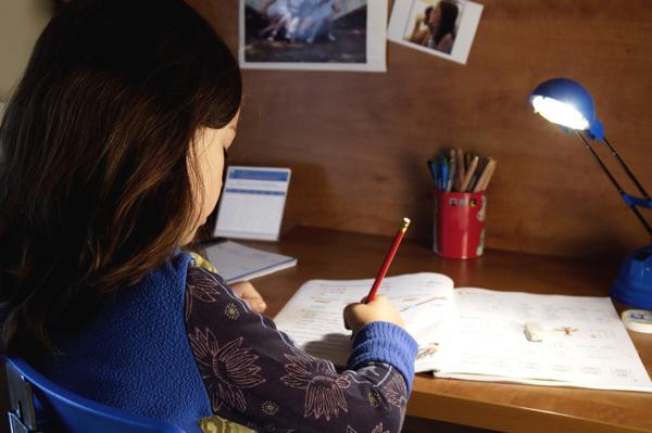 Πολύτιμες συμβουλές για να γίνει ευκολότερο το διάβασμα στο σπίτι