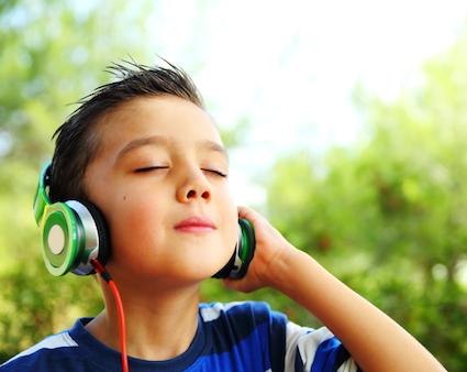 Μουσικοθεραπεία: Μια αποτελεσματική παρέμβαση για αυτιστικά παιδιά