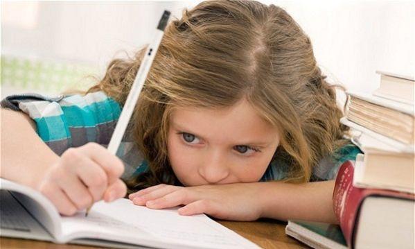 Λόγοι που ένα παιδί δε διαβάζει και πώς μπορείτε να το βοηθήσετε