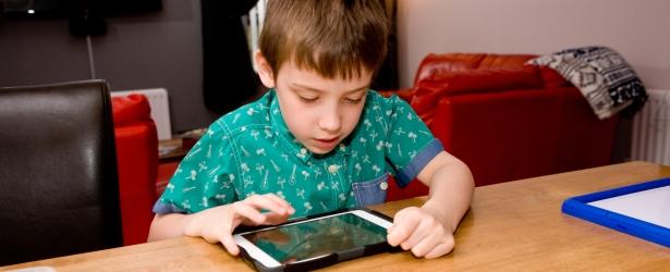 Τα τεχνολογικά μέσα υποστηρίζουν την εκπαίδευση μαθητών με ειδικές εκπαιδευτικές ανάγκες