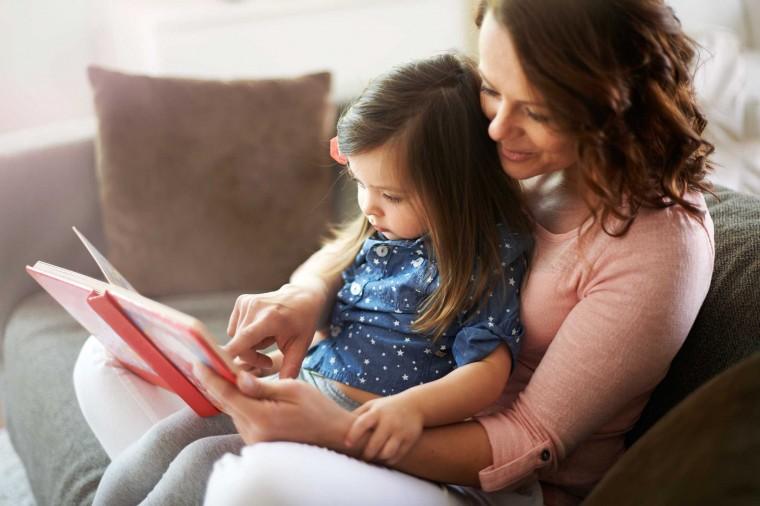 Η κατάλληλη ηλικία για ανάγνωση βιβλίων στα παιδιά