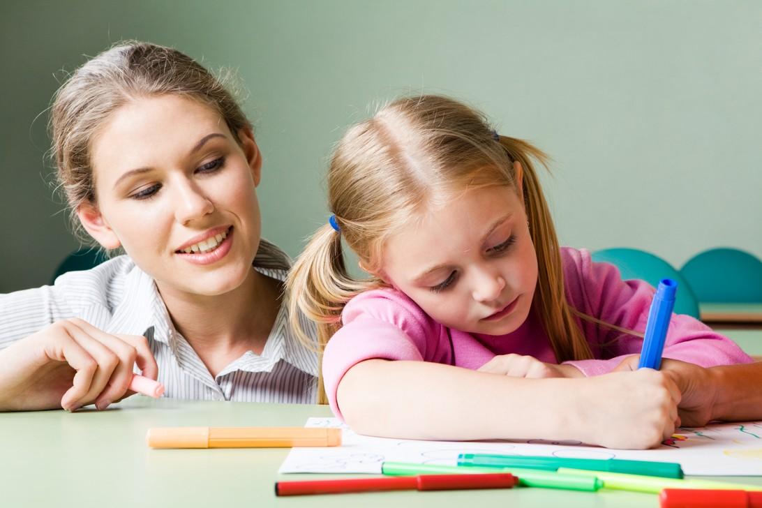 Η ζωγραφική και το παιχνίδι βοηθούν στη μελέτη παιδιών με μαθησιακές δυσκολίες