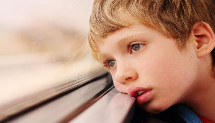 Τα σημάδια του αυτισμού από την ηλικία των 3 μηνών